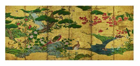 Fig. 4 Scuola Kanō (copia da originale di Kanō Motonobu del 1550) Uccelli e fiori delle quattro stagioni Inizio del XVII secolo (periodo Edo; il dipinto originale è del 1550, periodo Muromachi) Coppia di paraventi a sei ante Inchiostro, colore e foglia d'oro su carta, cm 152,9 x 349 (ciascun paravento) Ōsaka shiritsu bijutsukan (Museo Municipale d'Arte di Osaka)